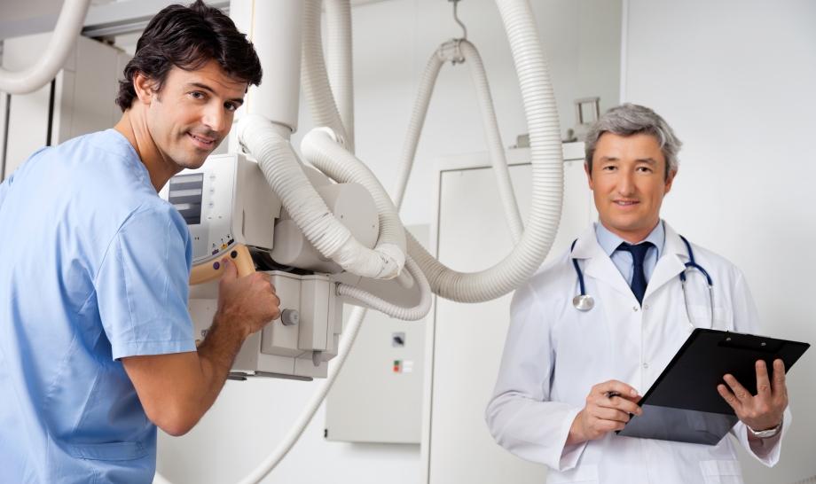 Врачи радиологи